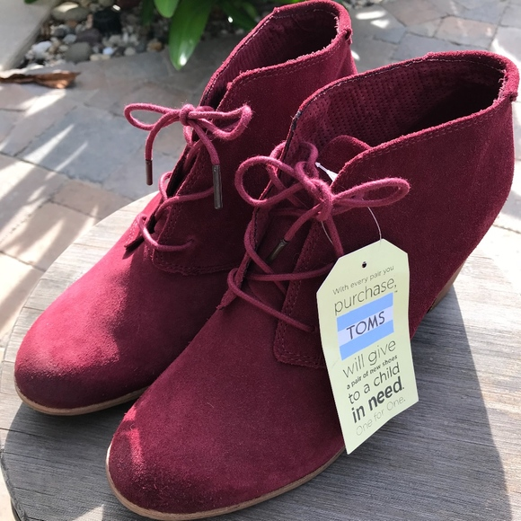 76c48ff07da Toms Oxblood Burnished Suede Lunata Lace-up Women
